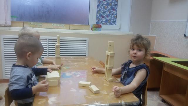 Строим башни